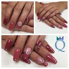 #coffinnails #ballerina #shape #gelnails #nails #red #rainbowstones #silverstones #ballerina #form #gelnägel #nägel #rot #regenbogensteinchen #silbersteinchen #nagelstudio #möhlin #nailqueen_janine