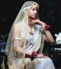 Indian ♥Cruelty Free Beauty and Fashion Blog♥ Sparkle With Surabhi ♥: Floral Jewellery....