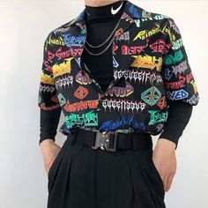 Outfit 5 or Fashion Mode, Aesthetic Fashion, Look Fashion, Aesthetic Clothes, Korean Fashion, Fashion Images, 80s Fashion Men, Urban Fashion Girls, Queer Fashion