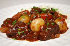A Boeuf Bourguignon that would make Julia Child proud. A Boeuf Bourguignon that would make Julia Child proud. Beef Recipes, Soup Recipes, Dinner Recipes, Cooking Recipes, Cooking Rice, Cooking Turkey, Dinner Ideas, Beef Bourguignon, Beef Dishes