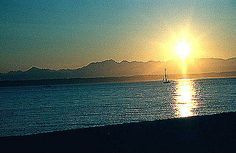 Golden Gardens Park | Park & Beach located in the Ballard area of Seattle on Puget Sound. #seattle