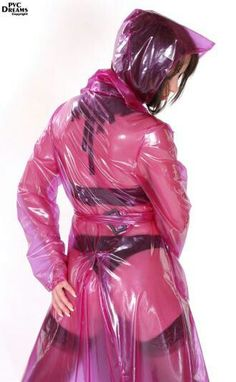 Pink Raincoat, Plastic Raincoat, Imper Pvc, Plastic Mac, Rain Suit, Female Supremacy, Rain Wear, Girls In Love, Girls Wear