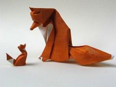 The art of paper folding; a therapeutic pursuit or a frustrating hobby? Here are a few Origami tutorials, some art works and products influenced by the ancient japanese art.