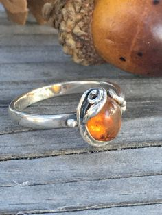 MAIHAO Women's 925 Sterling Silver Ring Oval Cut Natural Bohemia Turquoise Vintage Leaves Cover Artificial Turquoise Ring Wedding Party Engagement Jewelry Size (US Code – Fine Jewelry & Collectibles Sterling Silver Layered Necklace, Layered Necklaces Silver, Sterling Silver Jewelry, Vintage Rings, Vintage Jewelry, Amber Ring, Southwest Jewelry, Silver Gifts, Boho Jewelry