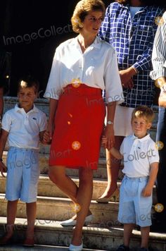 Princess Diana with Prince William and Harry (Henry) in Majorca 08-13-1988 Photo by Dave Chancellor-alpha-Globe Photos