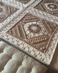 #fetbyme #crochet #crochetaddict #crochetersofinstagram #charlottesdreamcrochetblanket #scheepjesstonewashed #lookwhatimade