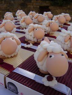 Boites à dragées moutons   Flickr – Compartilhamento de fotos!