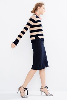 Crew Looks We Love: women's cotton striped crewneck sweater, A-line skirt with pockets, Lucite link necklace and Elsie bow-tie pumps. J Crew Outfits, Fall Outfits, J Crew Style, Mom Style, Spring Summer Fashion, Autumn Fashion, Work Attire, Get Dressed, Dress To Impress