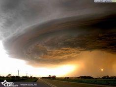 Les plus belles tornades impressionnantes