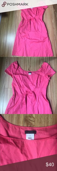"""Jcrew cotton-poplin tie front dress size 8 Super cute Jcrew cotton poplin tie front dress in a size 8. 34"""" bust, 29"""" waist, 36 hips. Skirt is 21"""" from waist. Made of 100% cotton. Great for summer, this dress is machine washable. J. Crew Dresses"""