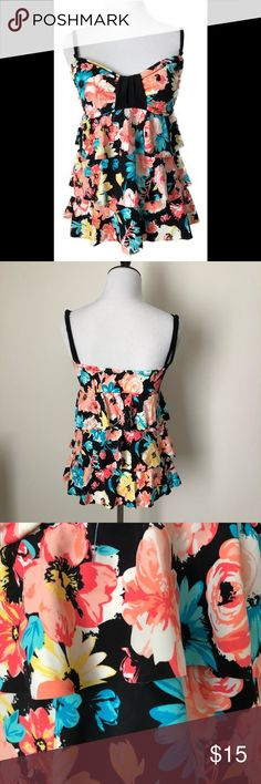 24th & Ocean Tankini Top - Floral Tiered Size Med 24th & Ocean Tankini Top  Fabric is tiered Bright multicolored floral pattern Size Medium Removable straps to convert to strapless top Comes with soft cups that are removable. No underwire 24th & Ocean Swim