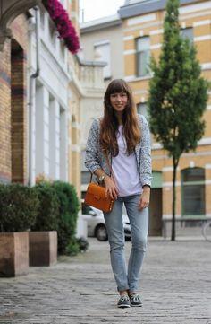 Camaïeu Jacket, Levi's® Jeans, Sperry Top Sider Boat Shoes, & Other Stories Bag