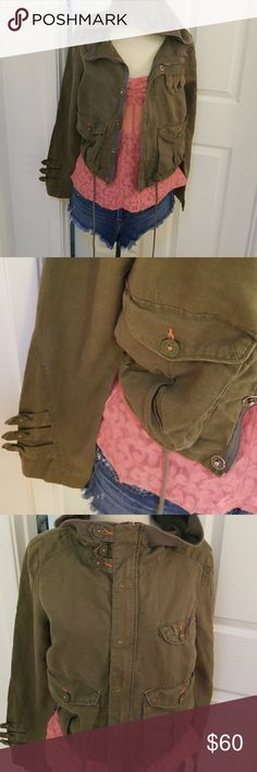 Free People jacket Army green with some orange stitching. Cotton linen blend.drawstrang waist, zip and snap front Free People Jackets & Coats