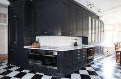 Dalby sotgrå   Tradition   Produkter   Kvänum Kitchen Island, Kitchen Cabinets, Carrara, Oslo, Studio, House, Dark Kitchens, Traditional Kitchens, Home Decor
