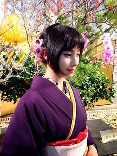 土屋太鳳tao_tsuchiya Japanese Geisha, Japanese Beauty, Japanese Kimono, Asian Beauty, Japanese Costume, Yukata, Beautiful Asian Girls, Beautiful Things, Costumes For Women