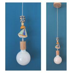 Lampada in legno a sospensione per camerette bimbi, nursery, stanza dei giochi con decorazione in legno a forma di barca a vela di IlluminoHomeIdeas su Etsy