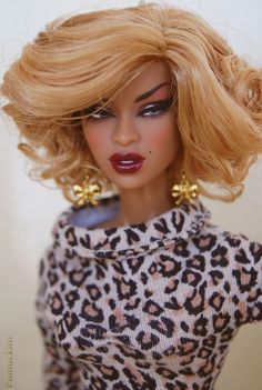Adele Paparazzi Bait with Barbie Clothes. | Accesories by De… | Flickr