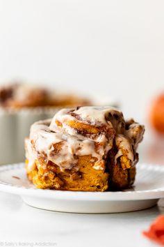 Pumpkin Cinnamon Rolls, Cinnamon Spice, Pumpkin Pie Spice, Breakfast Pastries, Breakfast Recipes, Pumpkin Recipes, Pie Recipes, Thanksgiving Recipes, Fall Recipes
