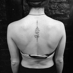 85 Mejores Imágenes De Tatuajes En La Espalda Alta En 2019 Back