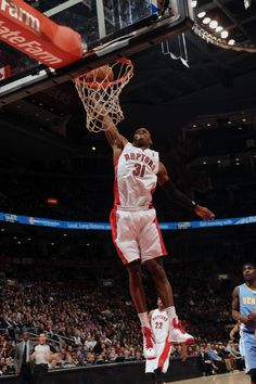TORONTO, CANADA - FEBRUARY 12: Terrence Ross #31 of the Toronto Raptors goes up for the slamdunk against the Denver Nuggets during the game on February 12, 2013 at the Air Canada Centre in Toronto, Ontario, Canada. (Photo by Ron Turenne/NBAE via Getty Images)