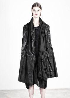 Kleid von RUNDHOLZ DIP bei nobananas mode #nobananas #rundholzdip #dress #cotton…
