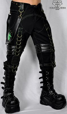 Biohazard Decay 3/4 Pants Male