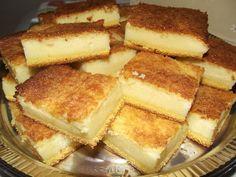 Aprenda a fazer a Delícia de Fubá, um bolo cremoso, saboroso e perfeito para o seu lanche. Experimente! Veja Também:Bolo de Fubá de Preguiçoso Veja Também