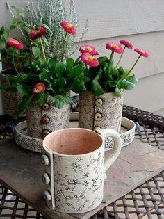 Like these mugs