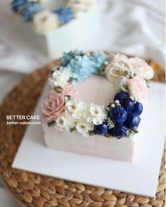 Done by student of Better class (베러 심화클래스/Advance class) www.better-cakes.com  Any inquiries about BETTER CLASS Mailbettercakes@naver.com Linebetter_cake FacebookBetter Cake Kakaotalkleesumin222  #buttercream#cake#베이킹#baking#bettercake#like#버터크림케이크#베러케익#cupcake#flower#꽃#sweet#플라워케이크#koreabuttercream#birthday#wedding#디저트#buttercreamcake#dessert#버터크림플라워케익#follow#food#koreancake#beautiful#flowerstagram#instacake#꽃스타그램#베이킹클래스#instafood#flowercake
