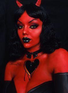 Makeup Fx, Demon Makeup, Club Makeup, Pin Up Makeup, Goth Makeup, Scary Makeup, Devil Makeup Halloween, Halloween Makeup Looks, Halloween Party