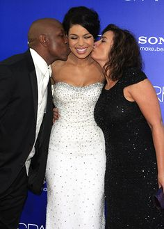 I DARE you not to be inspired by this pic of Jordin Sparks with her kissy-kissy parents! Black Love, Black Is Beautiful, Beautiful People, Celebrity Siblings, Celebrity Moms, All In The Family, Family Love, Black Celebrities, Celebs