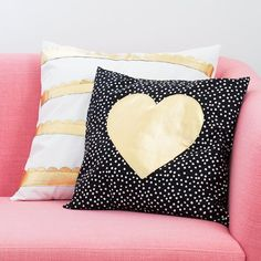 Dress up your sofa for Valentine's Day with these simple to sew envelope throw pillows.
