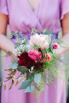 Pretty in purple #bouquet | Photography: justindemutiisphotography.com | Florals + Styling: www.theantibride.com