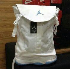 a0c36a5c947 Air Jordan 11
