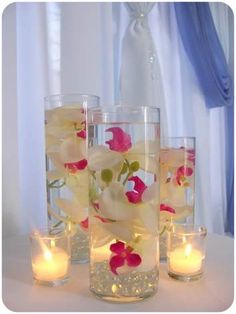 DIY Craft Centerpiece Ideas: Grid Mirror Glass Candleholders This is a very pretty idea. Incensewoman