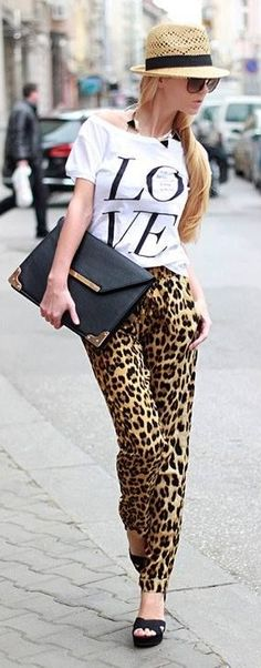 # STREET FASHION IN LEOPARD PANTS & WHITE TEE