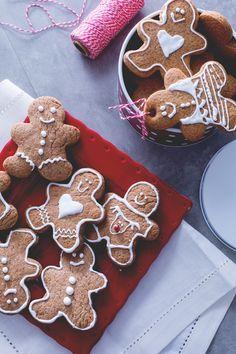 Biscotti di Pan di zenzero (Gingerbread) Tutto il profumo di Natale in questi simpatici biscotti a forma di omino, ormai simbolo del Natale.