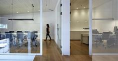 Foto di: Arredo ufficio in stile industriale
