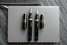 The most affordable Visconti Homo Sapiens fountain pen is here! Check out the Elegance, which features the super smooth 23kt Palladium nib that Visconti is known for. Take a look!