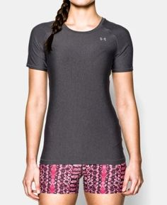 Under Armour Womens UA HeatGear Armour Short Sleeve XSmall Carbon Heather *** Check out the image by visiting the link. (This is an affiliate link) Workout Tops, Workout Shirts, Active Wear For Women, Under Armour Women, Short Sleeve Dresses, Fashion Outfits, Women's Fashion, T Shirts For Women, Tees
