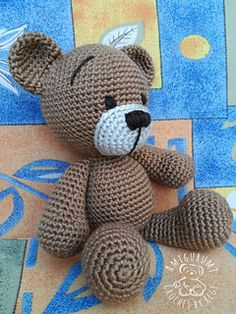 gratis free:TOBI BEAR pattern by Regina Kiss Published in Craft Crochet  Category  Softies  Animal Published July 2017  Suggested yarn Himalaya El Örgü İplikleri Everyday Yarn weight Aran (8 wpi) ?  Hook size 3.