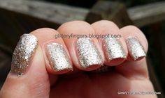 Long, long day yesterday and up early today. Different Color Nails, Finger Painting, Cool Nail Designs, Beauty Nails, Nail Colors, Chrome, Sparkle, Innovative Ideas, Nail Art