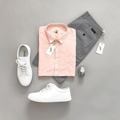 CHICS KIND is an online magazine for men's fashion. Mens Casual Dress Outfits, Formal Men Outfit, Stylish Mens Outfits, Casual Summer Outfits, Men Dress, Casual Shirt, Suit Fashion, Mens Fashion, Business Dress