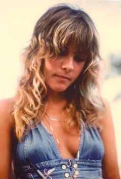 young stevie nicks. a true poet, a true gypsy. not like today's boho shit.