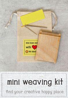 The Tiny Loom Weaving Kit comes ready to weave with weaving needles and a muslin bag. Tiny Loom weaving tutorials on my site! Nikon Camera Tips, Camera Hacks, Canon Cameras, Nikon Dslr, Canon Lens, Camera Gear, Film Camera, Tapestry Weaving, Loom Weaving