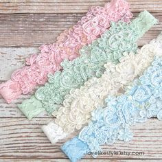 Beautiful and lovely garter made of pearl beaded lace with 1 stretch lace. Soft color and warm looking garter in pink, mint green, ivory and light