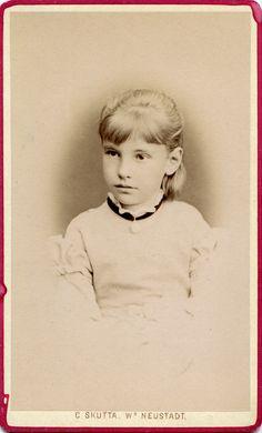 https://flic.kr/p/RyvPvz   CDV Portrait of a girl - Austria/Hungary - 1874   Studio: Carl Skutta - Wiener Neustadt  Inscribed on reverse: Karoline 1874  img2350