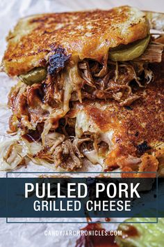 This tasty Pulled Pork Grilled Cheese with a hit of heat, gooey melted cheese, pickles to brighten it up and sandwiched between sourdough is gold! Grill Cheese Sandwich Recipes, Grilled Cheese Recipes, Grilled Sandwich, Grilled Pork, Soup And Sandwich, Pork Recipes, Cooking Recipes, Pulled Pork Grilled Cheese Recipe, Sandwich Ideas