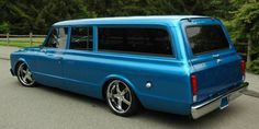 1967 GMC Suburban Driver Side