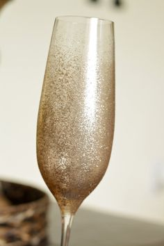 Set of 4 sparkle champagne toasting party glasses by CamlieInc, $20.00